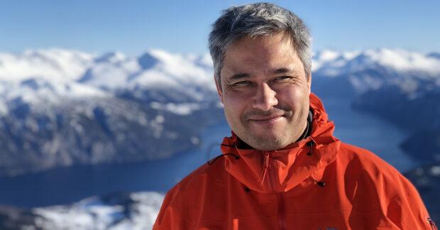 Niclas Hällström, Researchers Desk, Whatnext?, CEMUS